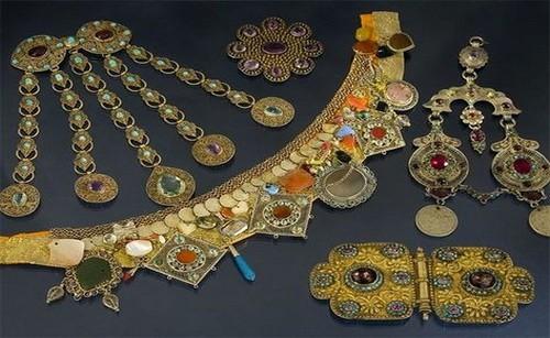 Ювелирные украшения татар