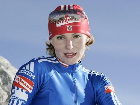 Ахатова Альбина биатлонистка,чемпионка мира